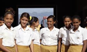"""Carlos Fidel Martín Rodríguez, Director de la Dirección de Organismos Económicos Internacionales del MINCEX, destacó la pertinencia de lo que UNFPA ofrece a Cuba """"de manera complementaria para avanzar en nuestro desarrollo económico y social""""."""